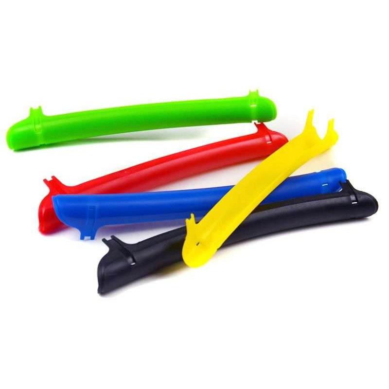 Защита пера пластиковая